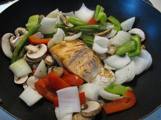 Salmon-stir-fry